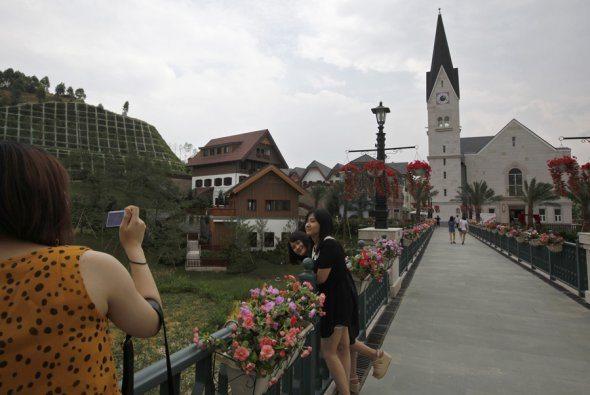 Hallstatt Replica in China 3