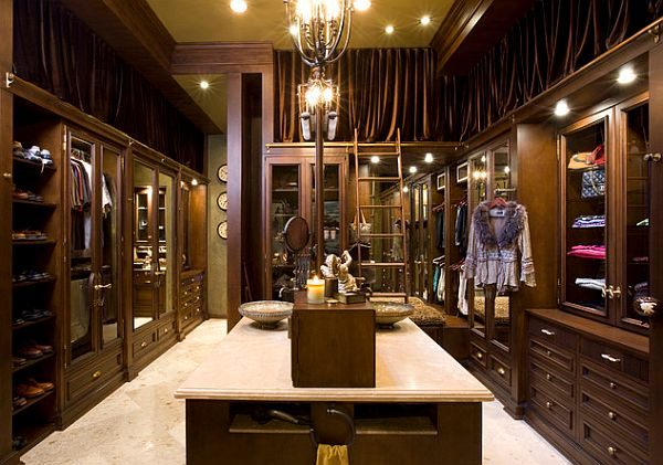 View In Gallery Luxurious Closet