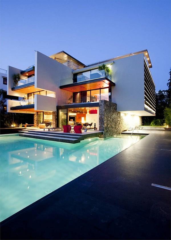 Luxury Greek Villa – outdoor terrace with pool