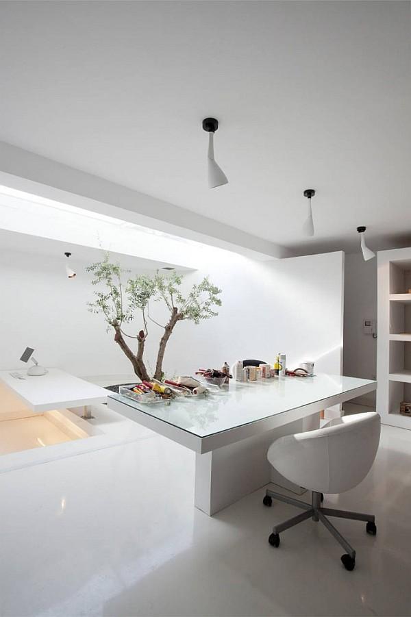Luxury Greek Villa – white minimalist home office