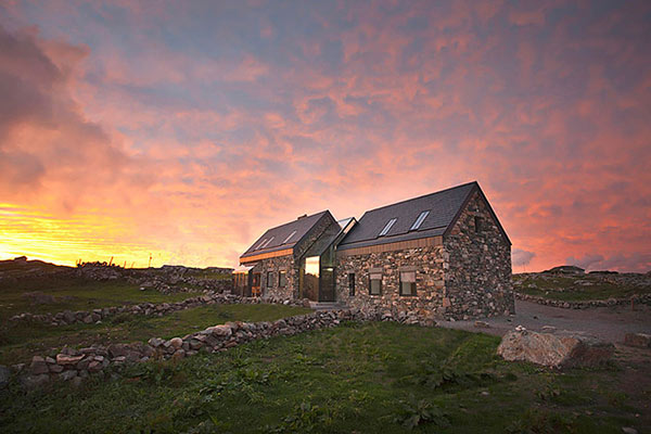 Modern Stone Hut Connemara Residence: Contemporary Styled Classic Stone Cottage