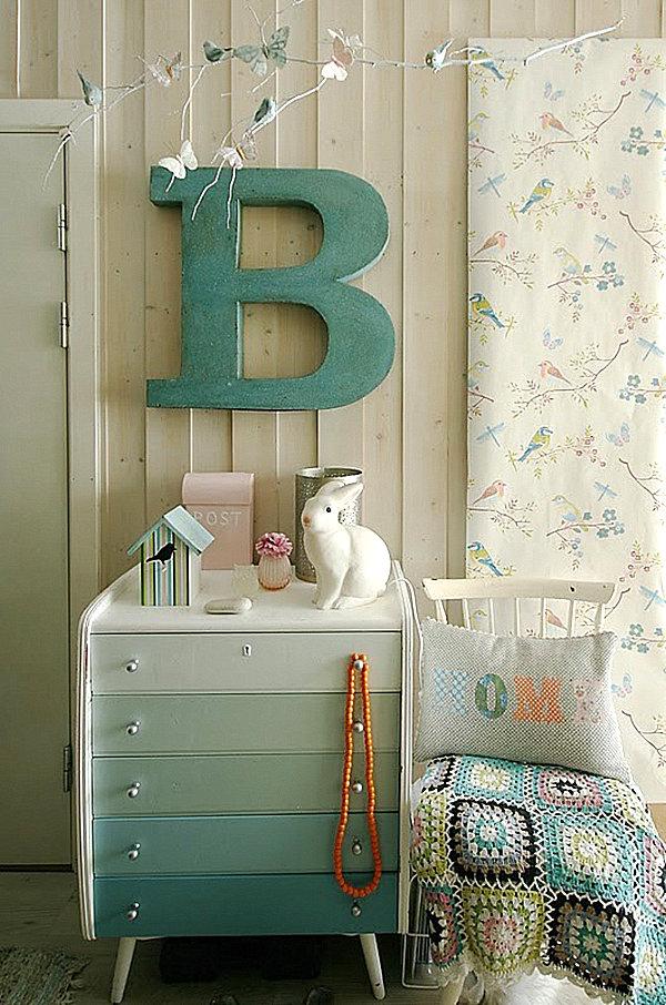 blue-ombre-dresser