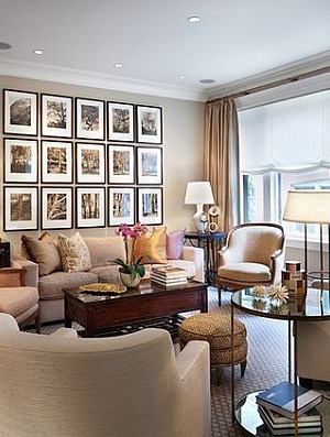 Classy living room with pictures on the wall