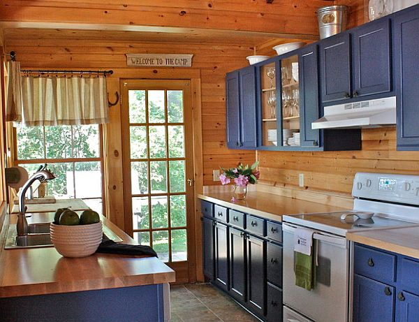 Decorating with a country cottage theme for Log home kitchen designs