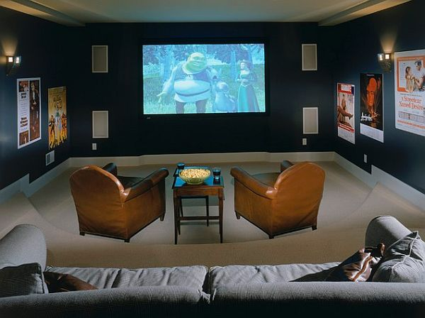 Cozy media room design decoist - Home theatre design layout ...