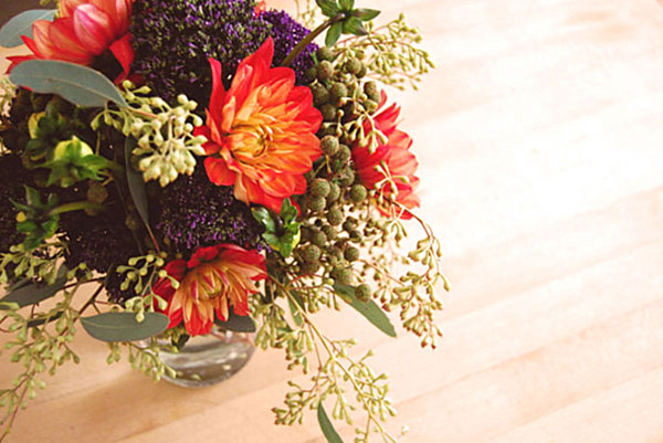 dahlia and trachelium floral arrangement
