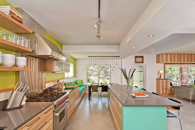 Modern Kitchen With Aqua Blue Island And Lime Green Wall Fancy Lime