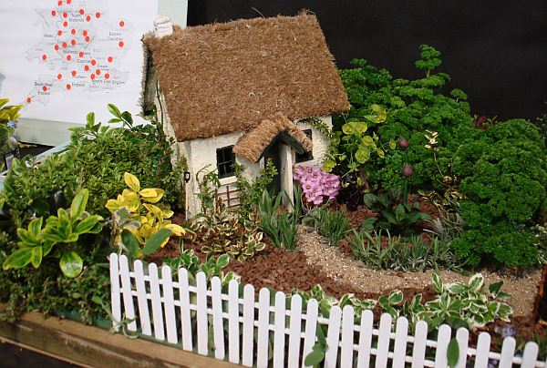 how to create miniature gardens. Black Bedroom Furniture Sets. Home Design Ideas