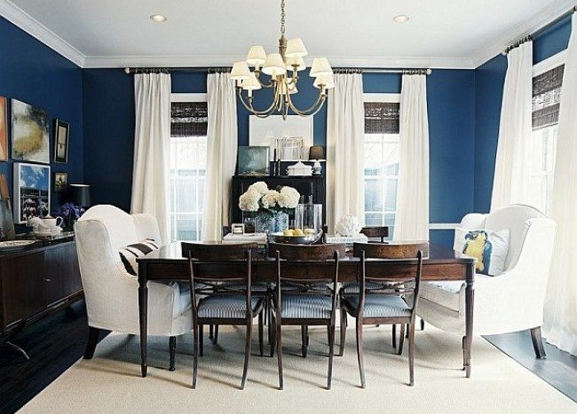 Dining Out in Your New Navy Blue Dining Room: Bringing the Picnic Scenery Inside