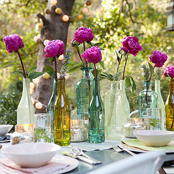 Dinner party table setting ideas for Patio table centerpiece ideas