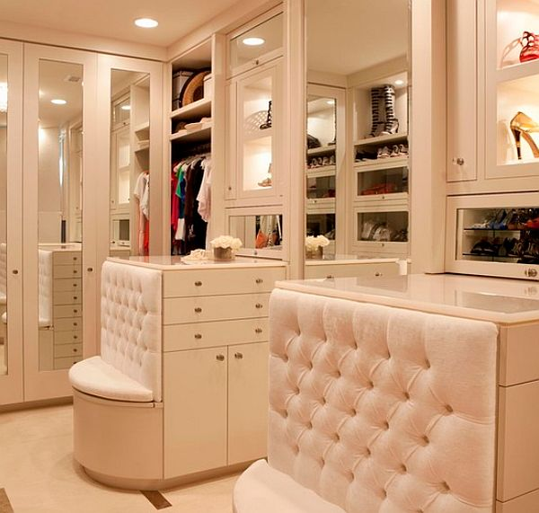 View In Gallery Perfect Walk In Closet ...