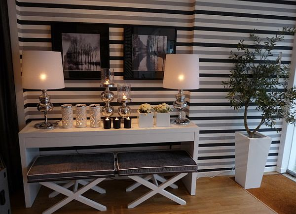 decorating with stripes for a stylish room. Black Bedroom Furniture Sets. Home Design Ideas