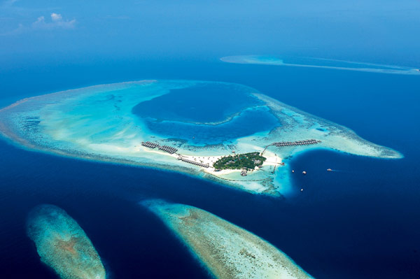 5 star Constance Moofushi Resort in Maldives Constance Moofushi Resort: Maldives serves up a piece of pure paradise!