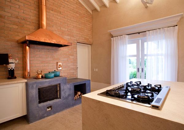 Baronesa-Residence-kitchen