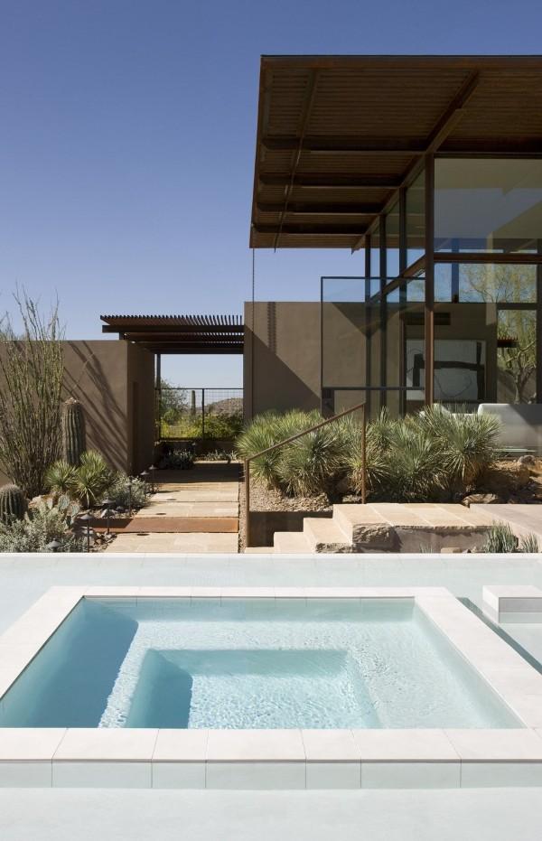 Brown-Residence-backyard-design