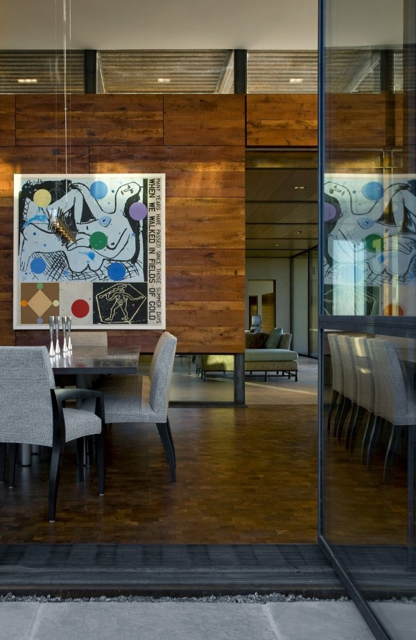 Brown-Residence-wooden-wall-in-traditional-dining-room
