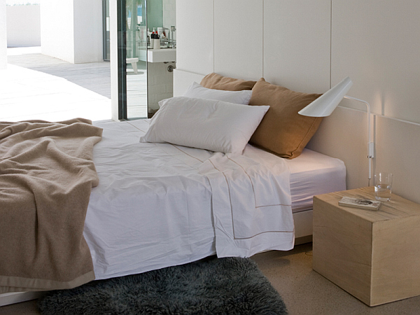 Cono bedroom lamp by Vibia