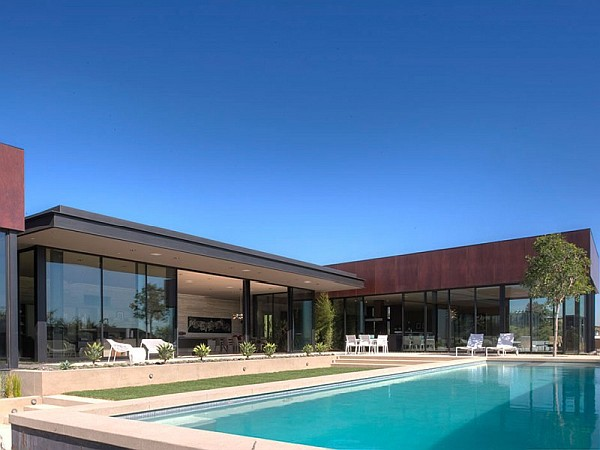 Contemporary Home in California large pool Contemporary Home in California Showcases Indulgence with Style