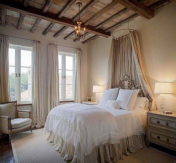 Stylish canopy beds inspiration for your bedroom for Rustic elegant bedroom