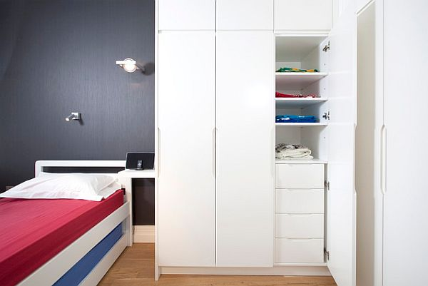 London-Apartment-jubilee-bedroom-with-white-drawers