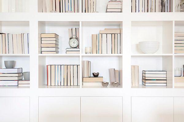 London-home-white-bookcase-design