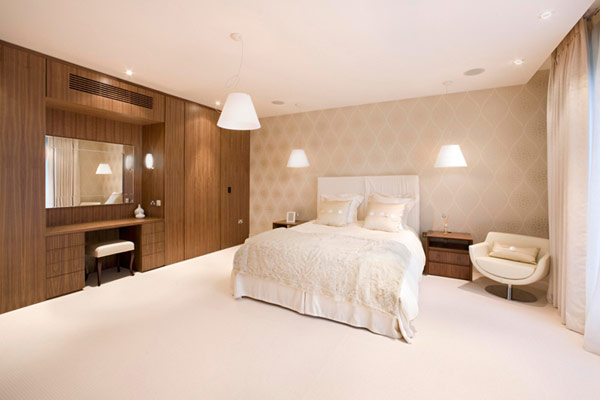 Contemporary luxurious interiors at grange view residence for Bedroom designs with attached bathroom and dressing room