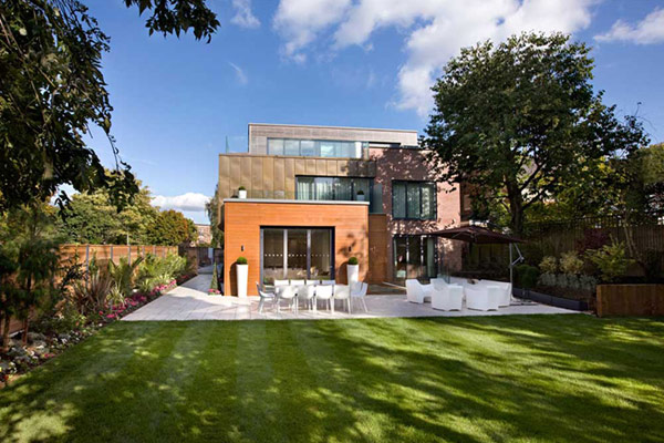 Luxury English Villa 2 Contemporary, Luxurious Interiors at Grange View Residence in UK