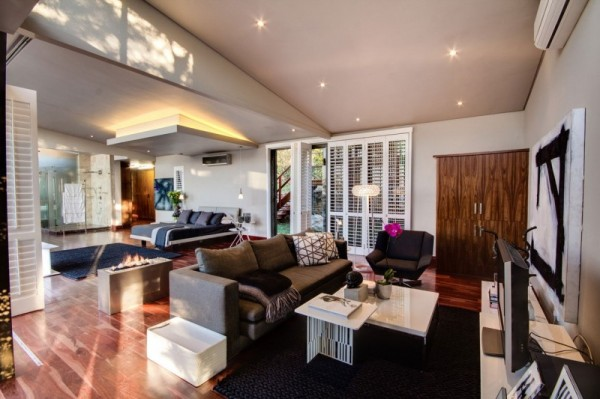 South-African-House-Remodeling-fancy-living-area-600x399