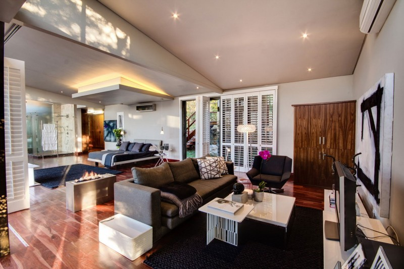 South African House Remodeling – fancy living area