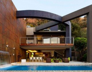 South African Home Gets a Ravishing Revamp from Nico van der Meulen Architects