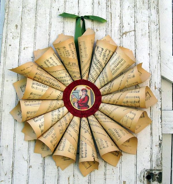 beautiful paper wreath with vintage feel
