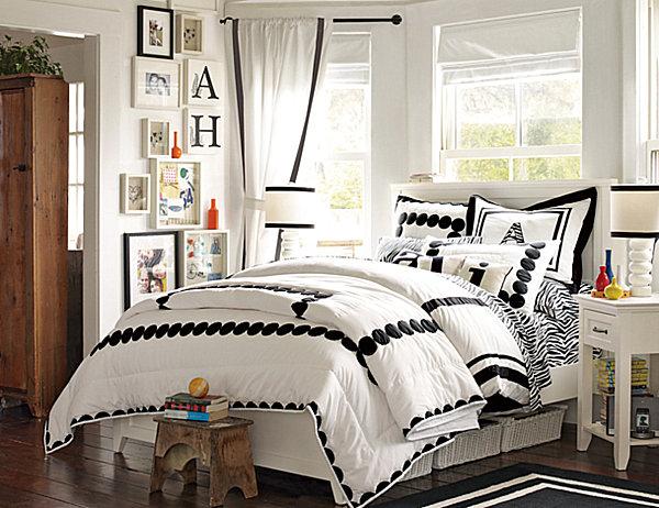 Stylish Bedding for Teen Girls on Teenage Bed  id=46045