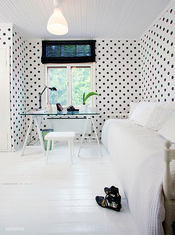 Diy wall dressings polka dot designs that add sophistication for Polka dot living room ideas
