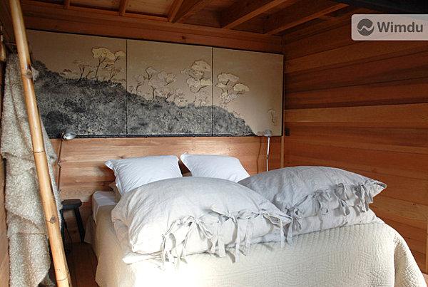 french treehouse sleep