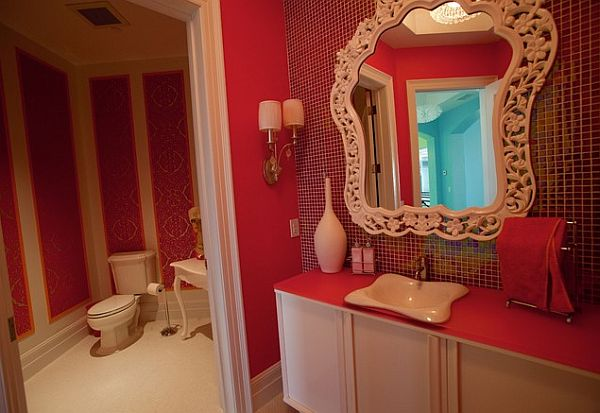 glam bathroom decoration in red
