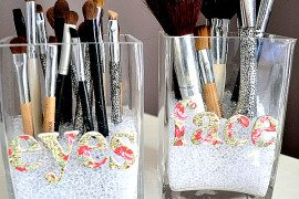 makeup brush organizers