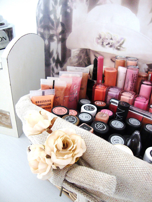 20 marvelous makeup storage ideas Make Storage Ideas