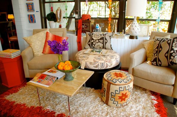 middle east interior design with colorful fabrics Decorating with a Middle Eastern Influence