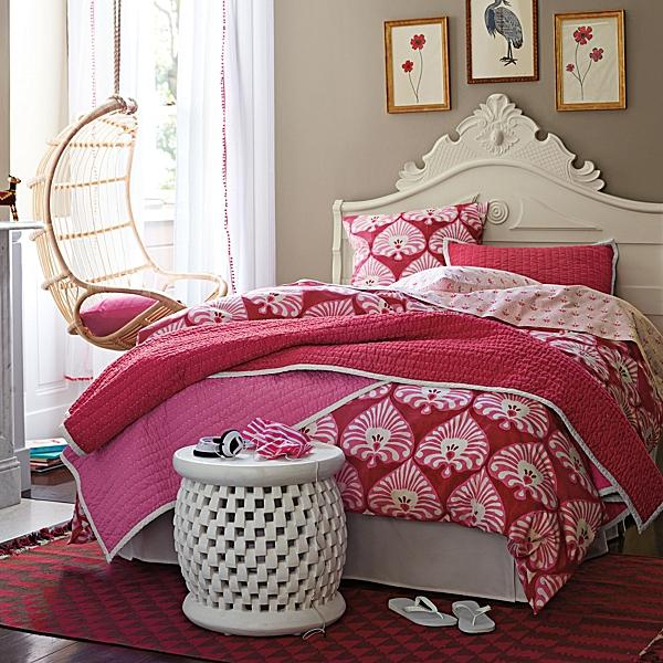 pink fairytale teen girls bedroom