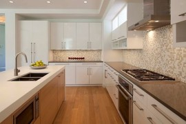 Choosing the Right Knobs & Pulls for Kitchen Cabinets