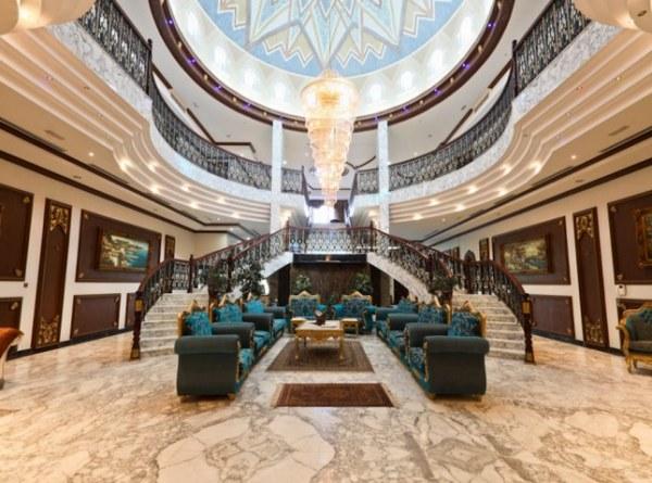 A grand Dubai villa