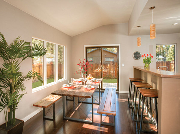 A modular home dining area