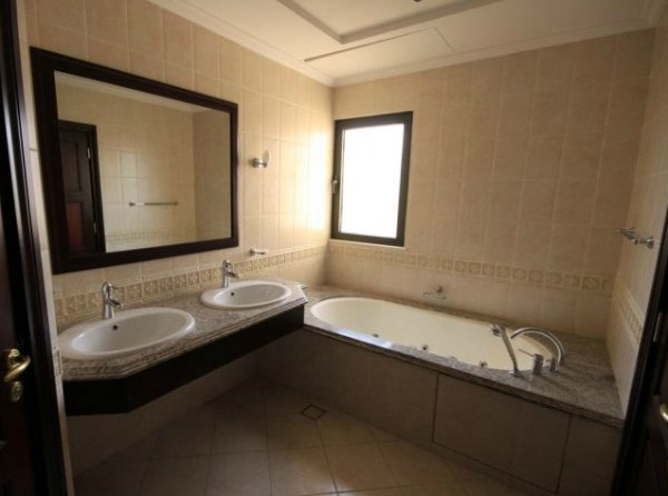 An arabic villa bathroom