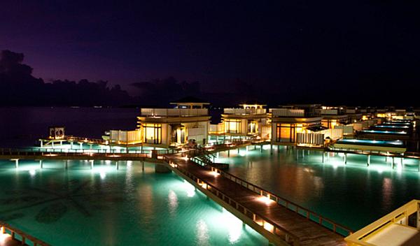 Angsana Velavaru Maldives Resort – water accommodation