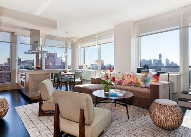 Contemporary New York City Condo Stuns With Color and Panoramic Views of Manhattan