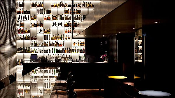 Conservatorium Hotel Amsterdam Tunse Bar Conservatorium Hotel Amsterdam: Integrating the vintage with the modern in glassy luxury