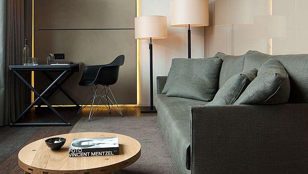 Conservatorium Hotel Amsterdam – comfy chair
