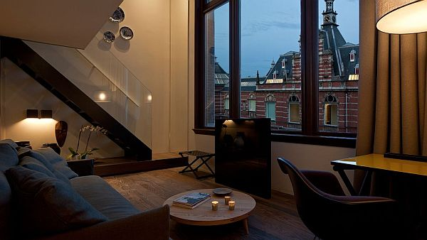 Conservatorium Hotel Amsterdam – two level suite city bedroom