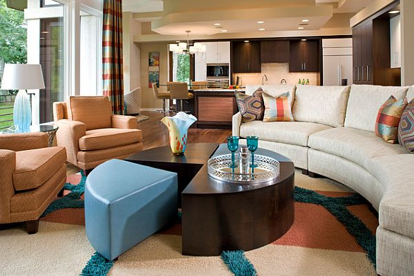Exquisite turquoise and cinnabar living room