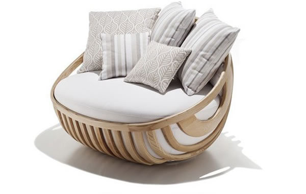 Garden Furniture by Schoenhuber Franchi Arena love seat Arena outdoor collection offers a refreshing new take on patio furniture